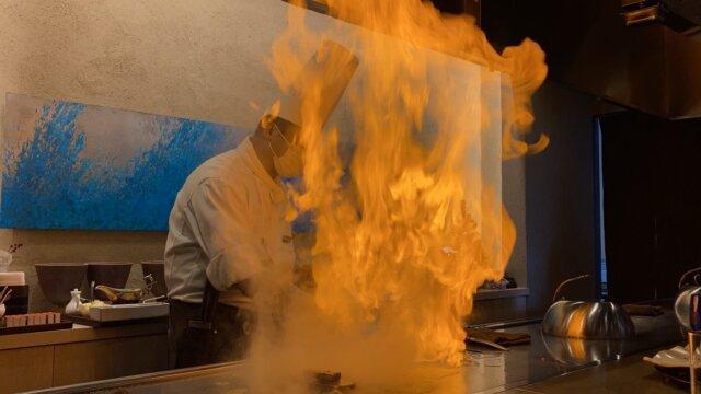 ゴッテリの料理、パフォーマンス