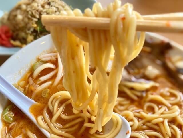らーめん大翔の辛味噌ラーメンの麺