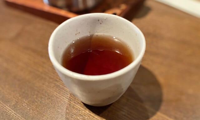 山元食堂のお茶