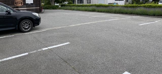 かつたまの駐車場