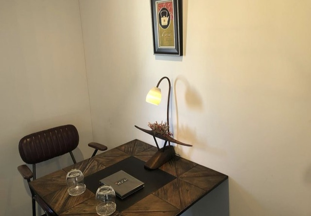 ことの葉のテーブル席