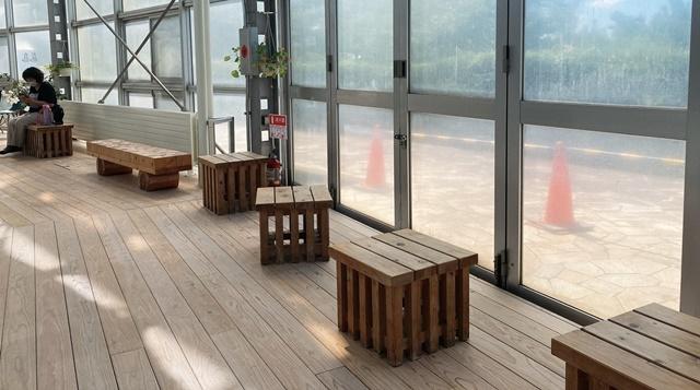 氷見海浜植物園の椅子