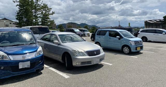氷見海浜植物園の駐車場
