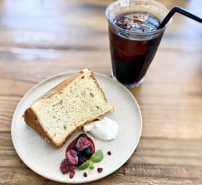 ソラトキ(旧ボルカノ)のシフォンケーキとコーヒー